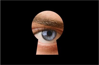 En R&B Abogados y Consultores ofrecemos defensa y representación judicial frente a usos inconsentidos de la propia imagen y violaciones de la intimidad.
